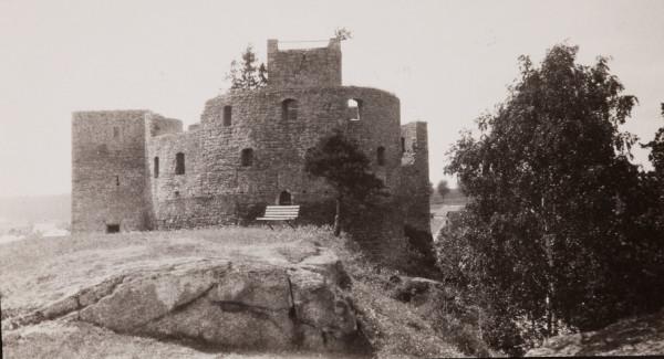 Burg Falkenberg, wie sie Graf von der Schulenburg im Jahr 1929 vorfand (Reprofoto aus Doku Burg, Dr. Helm)