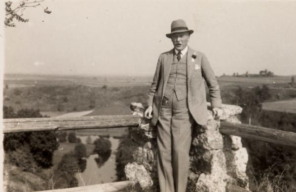 FWS bei einem Besuch in Falkenberg 1933 (Reprofoto aus Doku Burg, Dr. Helm)