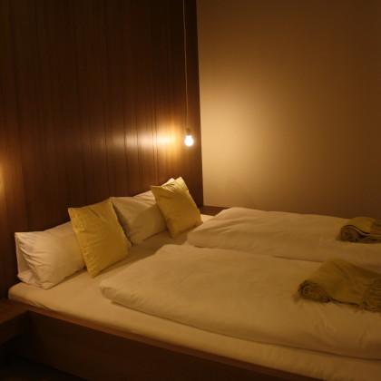 """Blick in das Hotelzimmer """"Duberg"""" (Foto: Hans Eibauer)"""