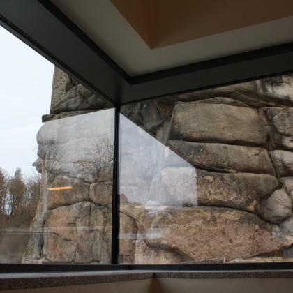 Blick aus dem Eckfenster im Foyer vor dem Brauhaussaal im OG (Foto: Hans Eibauer)