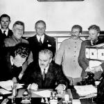 S-396_1939_Unterzeichn.-N-Angr-Pakt_150x150_acf_cropped